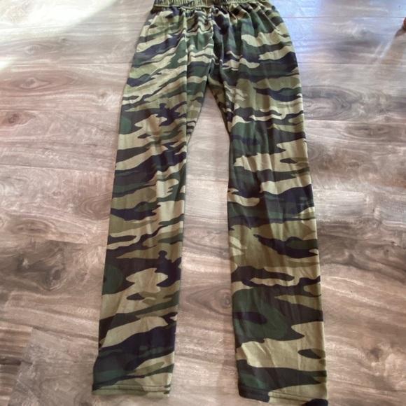 2/$20 Soft Leggings